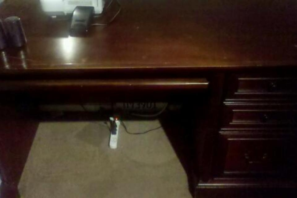 SOLID WOOD CHERRY DESK Large Photo