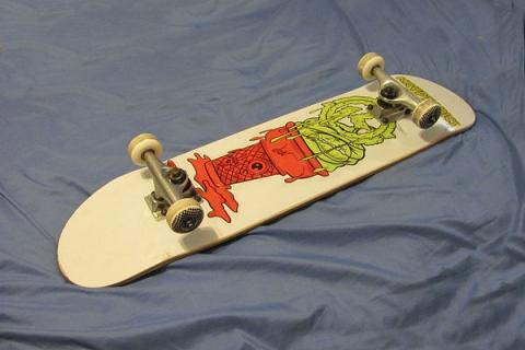 TONY HAWK SKATEBOARD KRYPTONICS SERIES DECK PARK PRO STREET 7.5