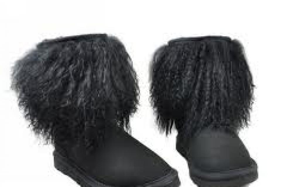UGG SHEEPSKIN BLACK BOOTS/SZ. 5-9 Large Photo