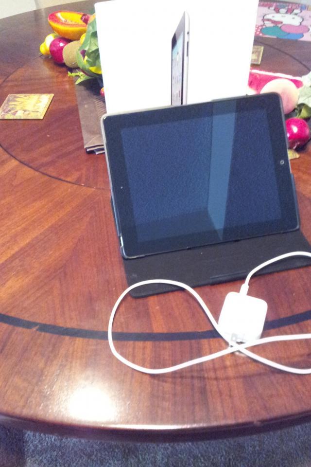 ipad2 wi-fi 3g 64gb at&t Large Photo
