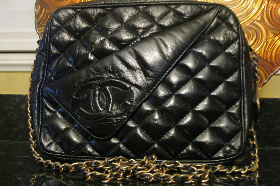 Vintage  Authentic Chanel Handbag  Large Photo