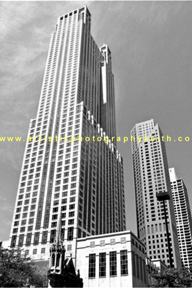 Bloomingdale Tower Chicago Large Photo
