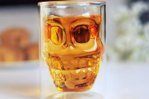 Skull Head Large Double-wall Glass Drink Cocktail Beer Cup - Hand blown, Unique design Photo