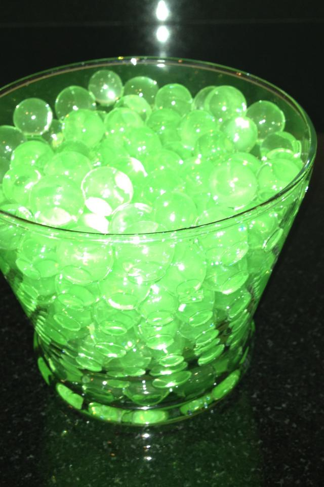 Amazing Water Beads-Green. Water plants/flowers. Decorate. Play. Photo