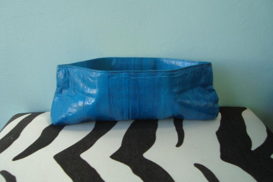 Lorelei aqua clutch Large Photo