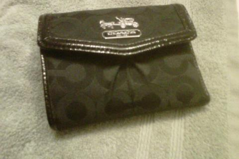 Authentic Coach Wallet Photo