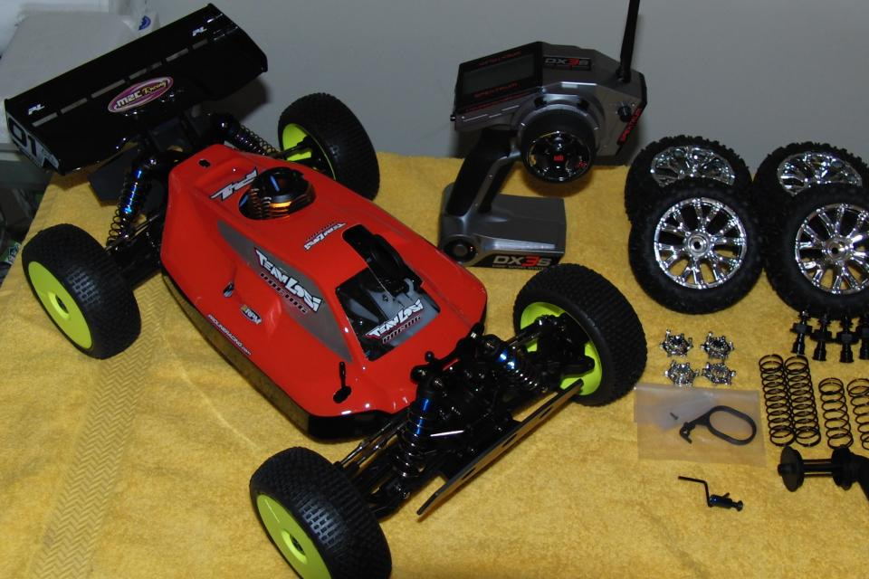 Losi 1/10-1/8 ScaleTen-T Brand New Converted Large Photo