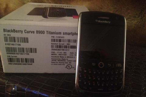 Tmobile Blackberry Curve 8900 Titanium Photo