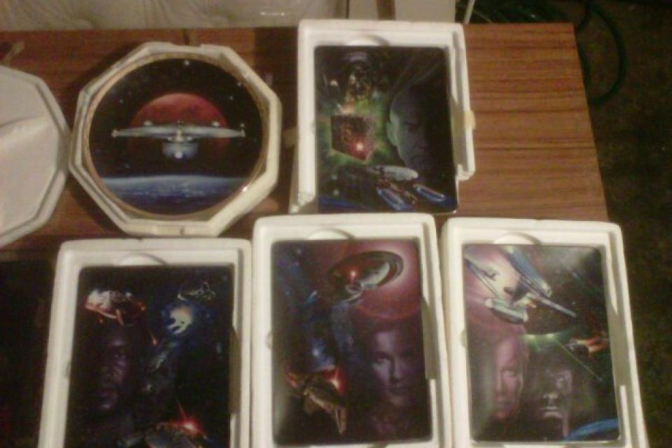 limited edition star trek plates Large Photo