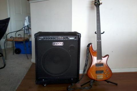 Schecter Elite 5 Diamond Series Bass Guitar w/ Fender Rumble 100 Amp Photo
