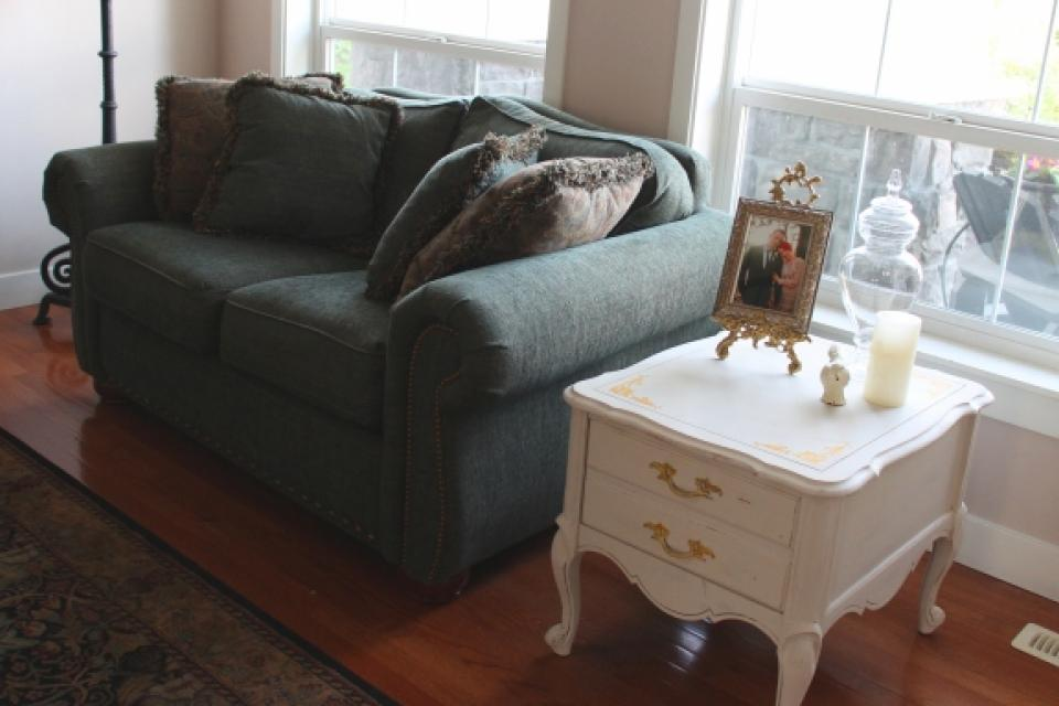 Vintage French Provincial Side Table Large Photo