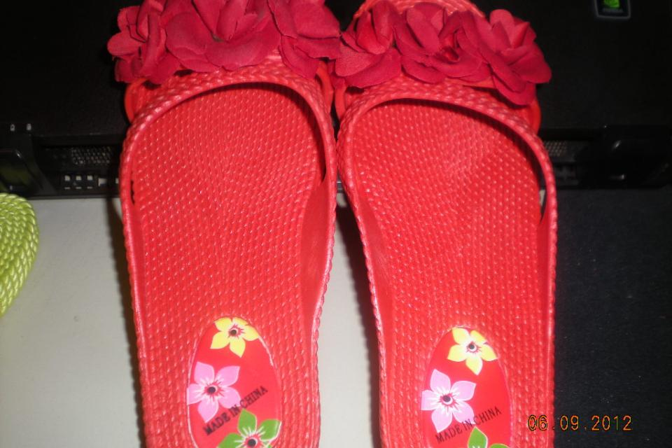 Korean Flip Flops Large Photo