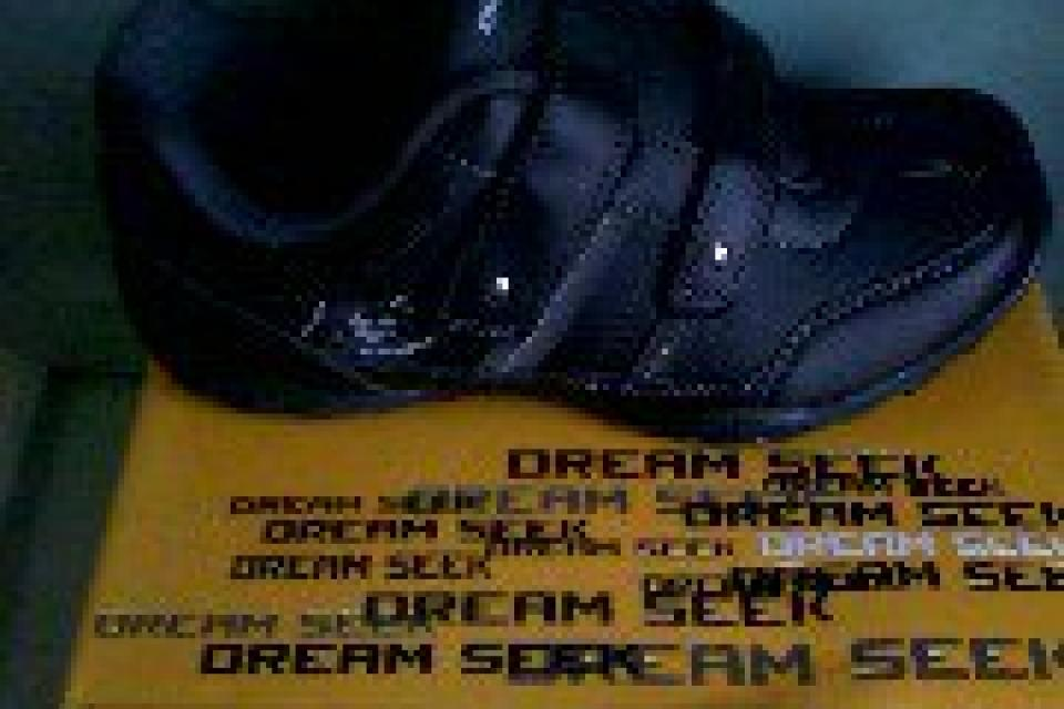 Dream seek casual foot wear  Large Photo