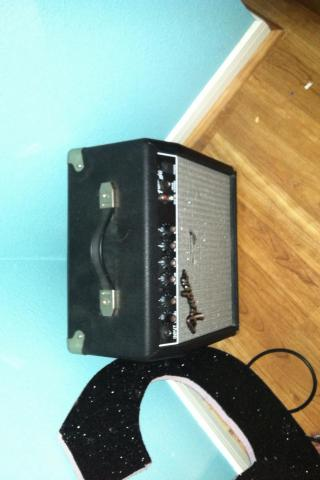 Fender Frontman Amp Photo