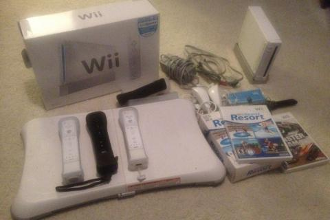 Nintendo Wii console, Monster Jam, Sports Resort, Wii Fit balance board Photo