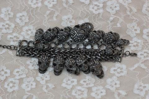 Skull Bracelet Photo