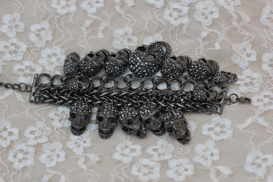 Skull Bracelet Large Photo