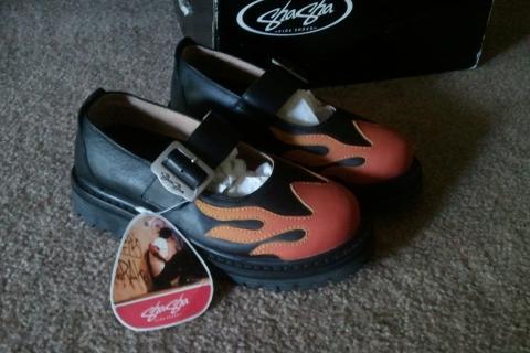 SHA SHA boots size 5 1/2 Photo