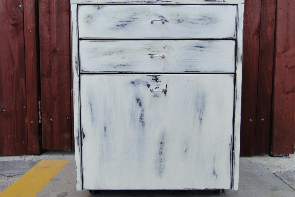 3 drawer wheeled cabinet Large Photo