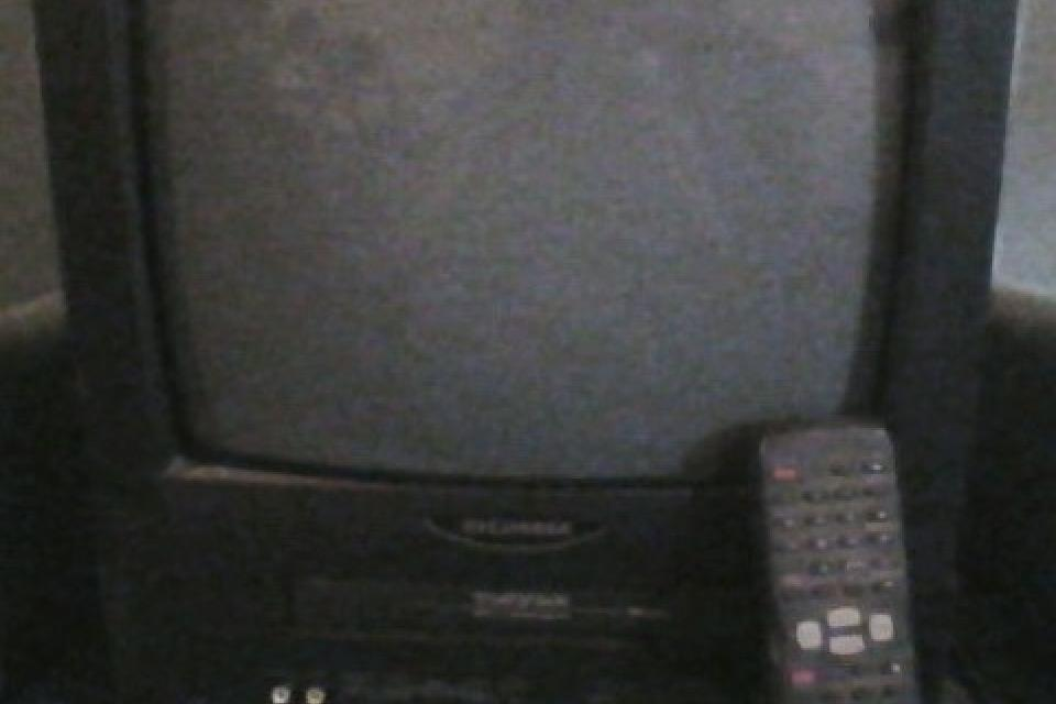 Sylvania 13 inch tv/vcr combo with remote and av hookup and tv hook up Large Photo
