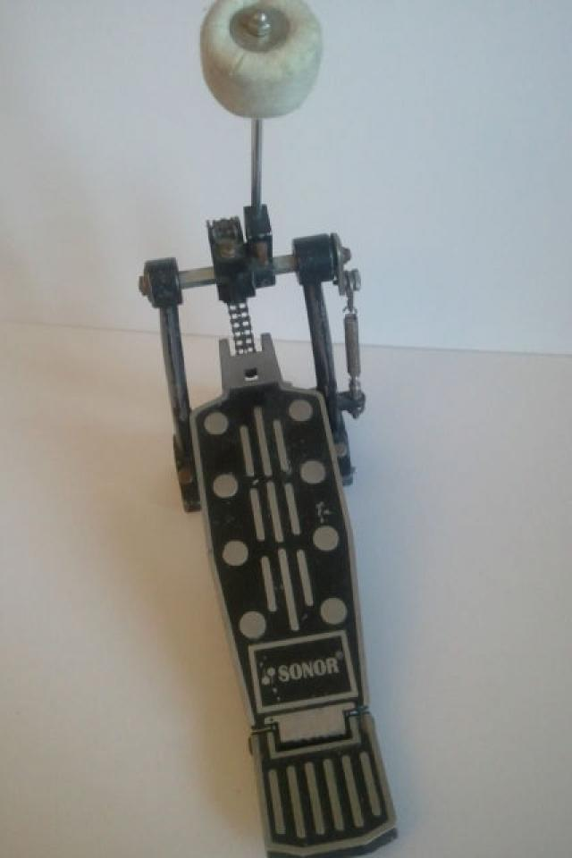 SONOR CHAIN DRIVEN BASS PEDAL Large Photo