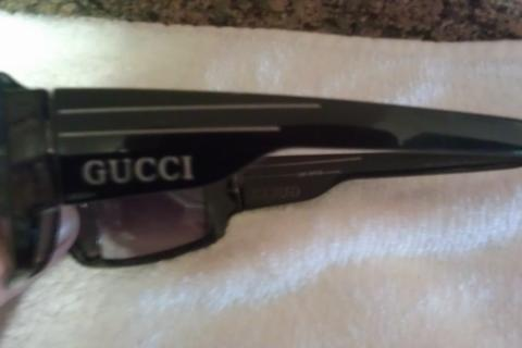 Women's BLK GUCCI SUNGLASSES w/Gold GUCCI Lettering On Both Sides! HOTT!! Photo