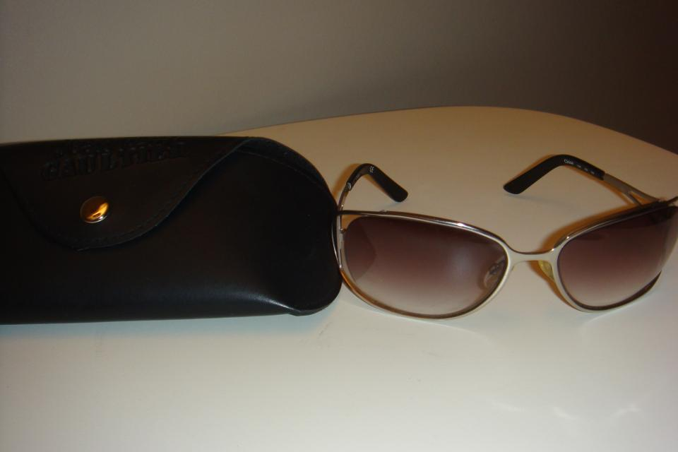 Chloe Sunglasses with Case Large Photo