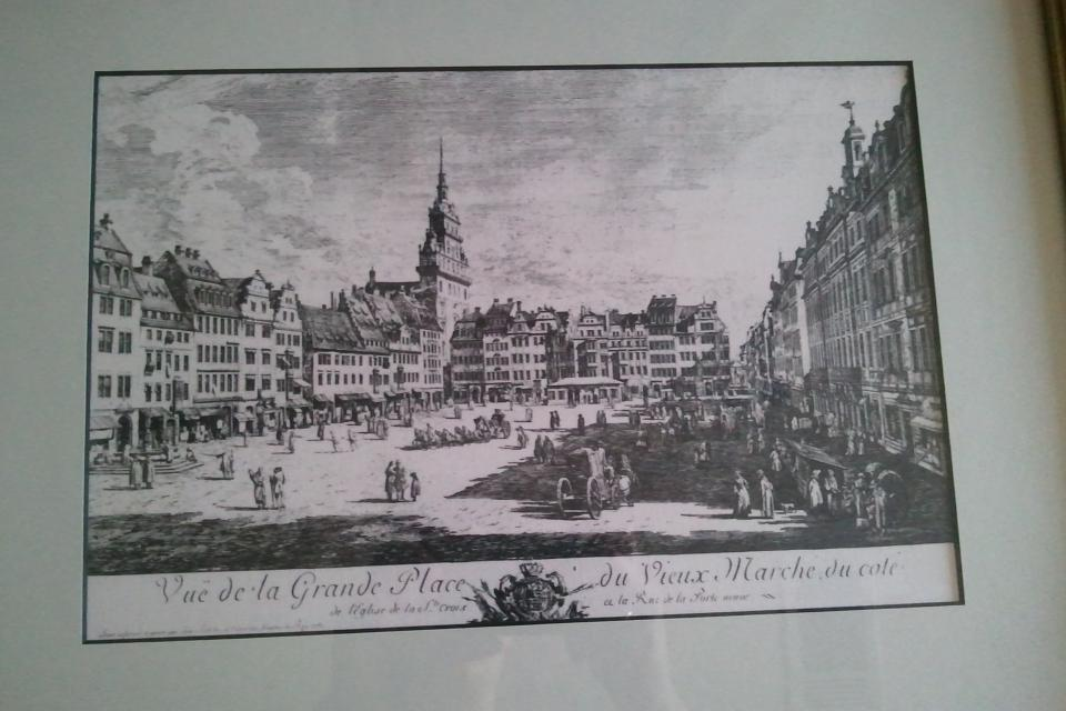 Black and White European Art Large Photo