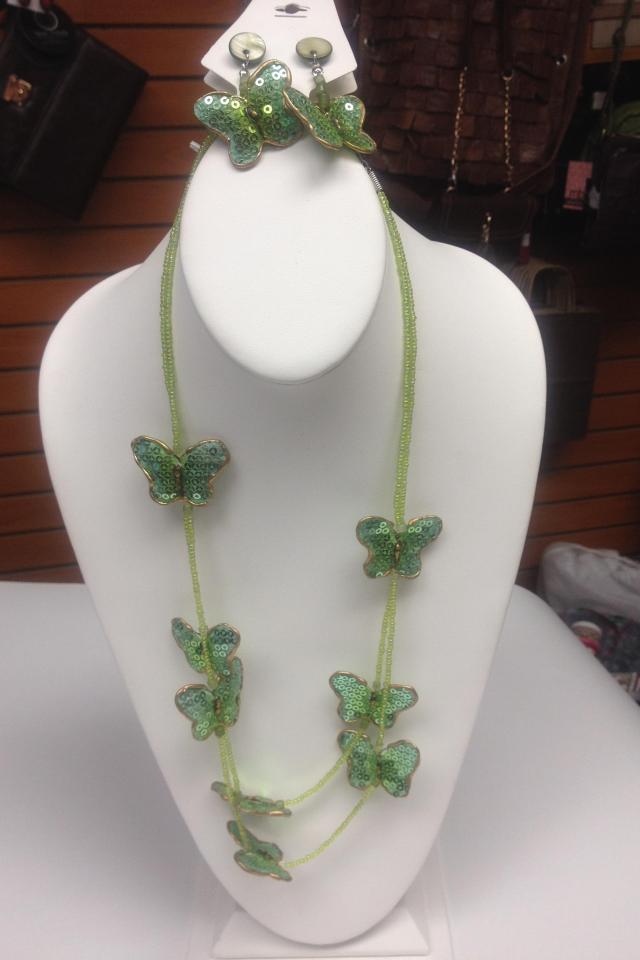 Necklace set Photo