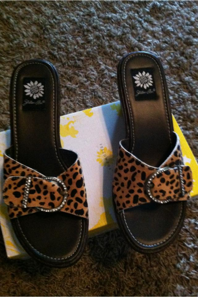 Yellow box cheetah wedge sandals Large Photo