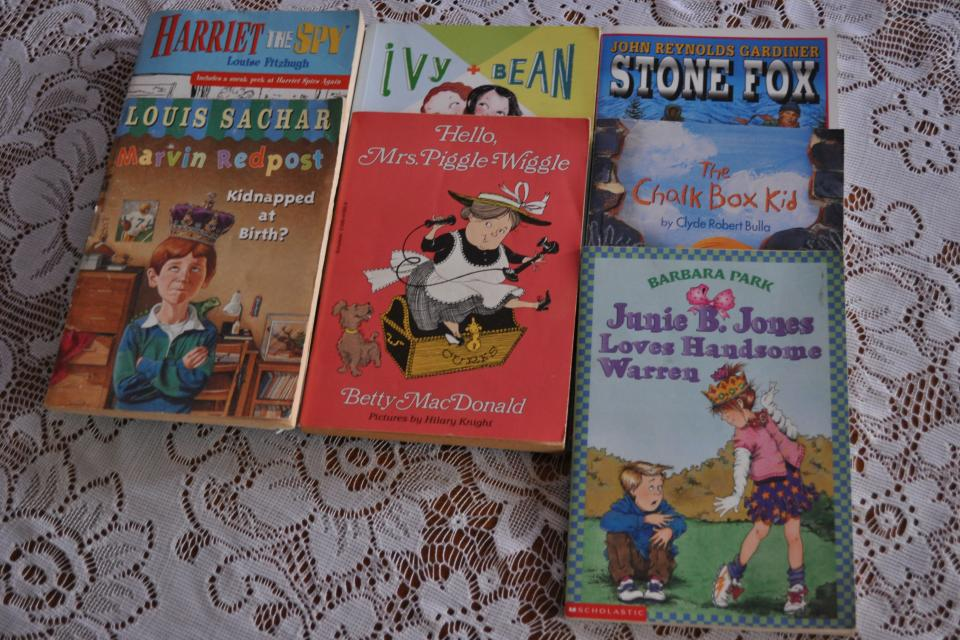 7 Assorted Childrens Reading Books, Scholastic, Grades 4-6 Large Photo