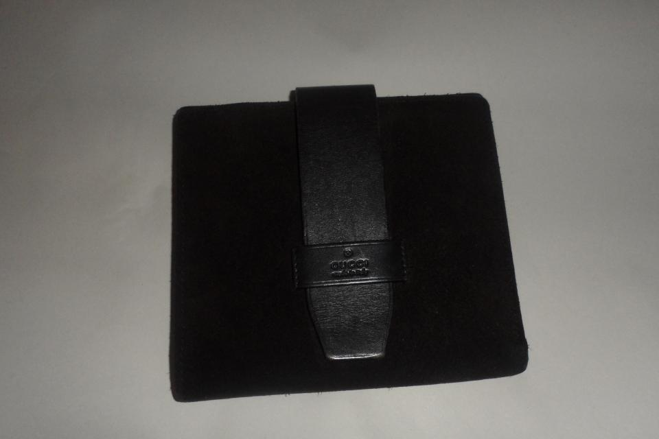 Authentic Gucci suede wallet  Large Photo