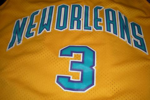 Chris Paul NO Hornets jersey  Photo