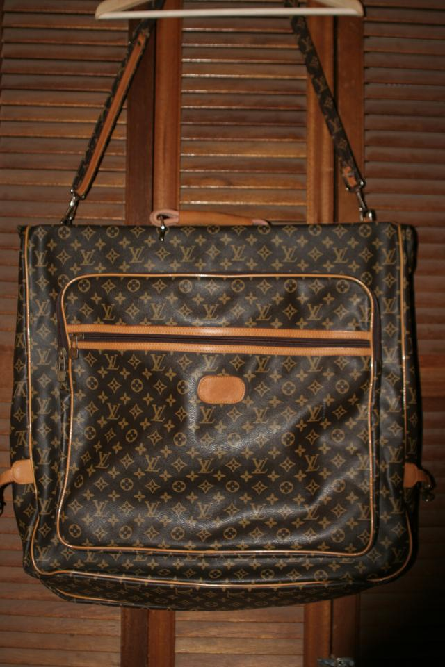 LOUIS VUITTON VINTAGE LV GARMENT BAG LUGGAGE Suit Case Photo