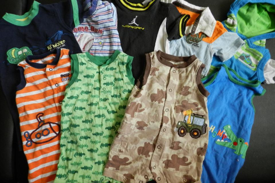 12 month baby boy clothes lot Large Photo