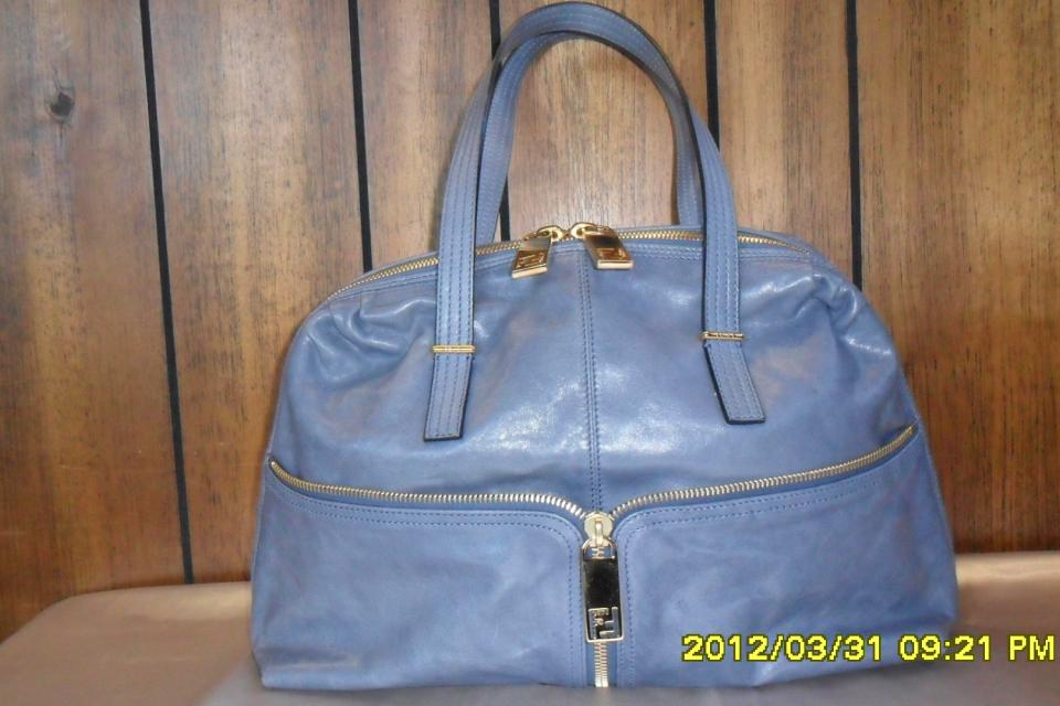 WHAT A STEAL!!!  BEAUTIFUL FENDI ITALIAN LEATHER SATCHEL  $450 Large Photo