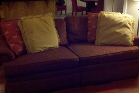 Custom Made Couch Photo