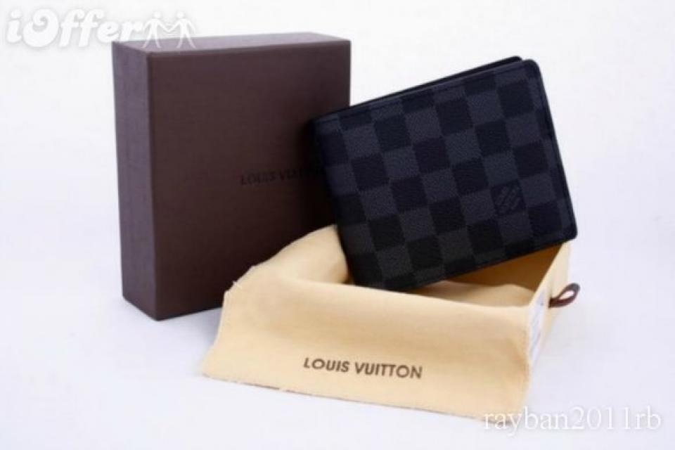 Louis Vuitton mens wallet   Large Photo