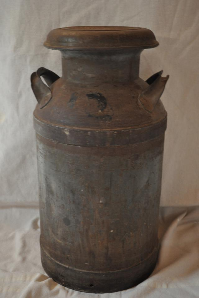 Antique 10 Gallon Milk Can Photo