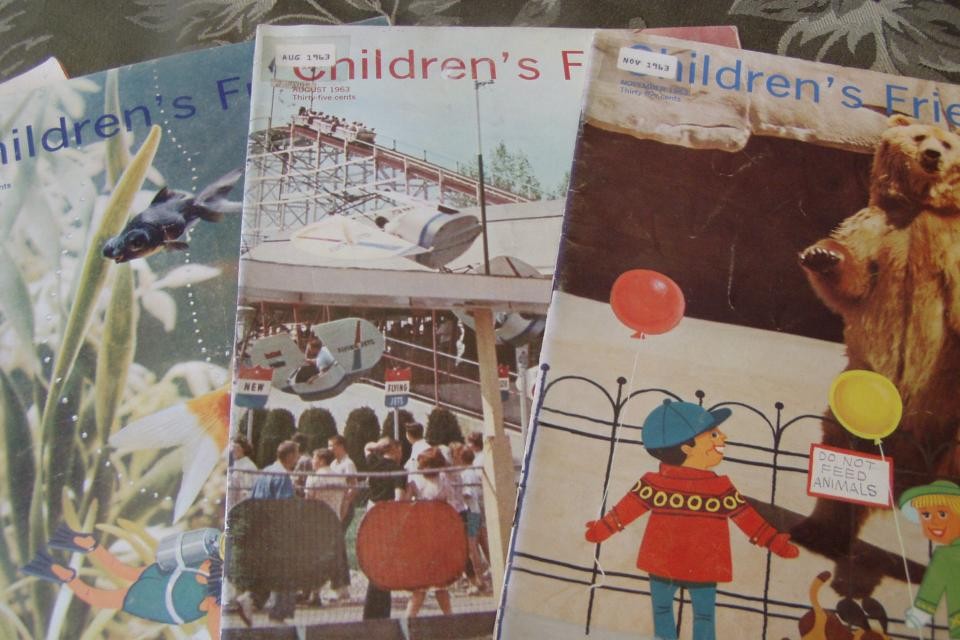 VINTAGE, THE CHILDRENS FRIEND MAGAZINE Large Photo