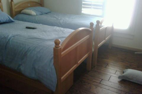 TWIN BED (2), NIGHTSTAND, DRESSER Photo