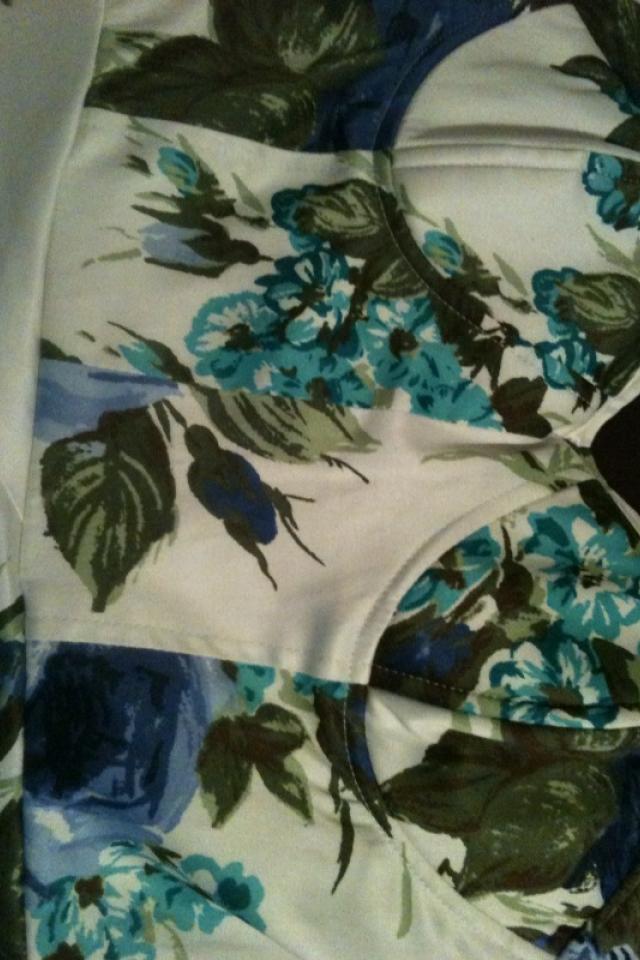 Adorable floral print dress Photo