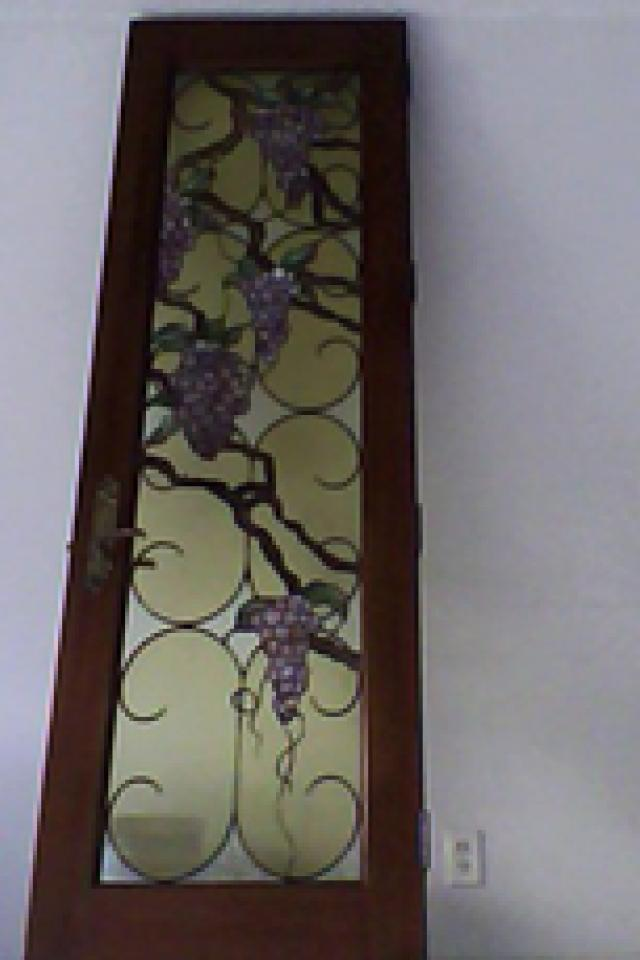 grapevine-stained glass-door Photo