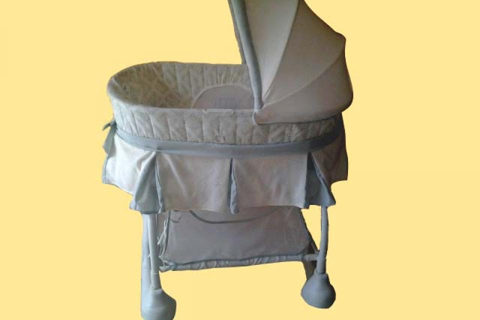 Baby Bassinet  Large Photo