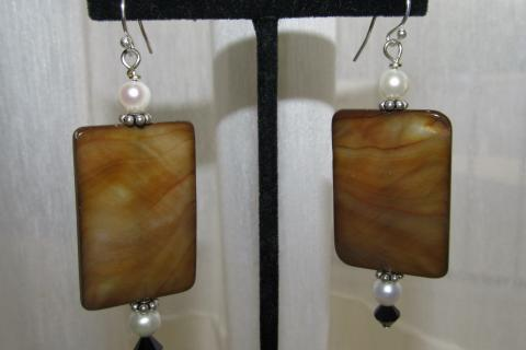 EARRINGS STERLING SILVER & DYED BROWN SHELL  Photo