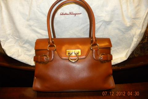 Salvatore Ferragamo Handbag Photo
