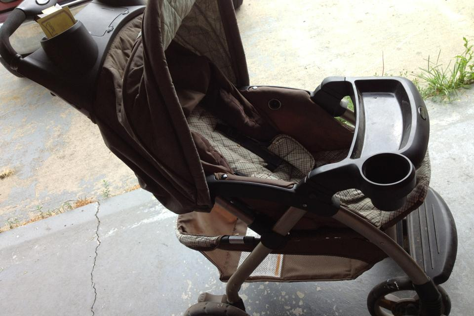 Carseat/stroller Large Photo