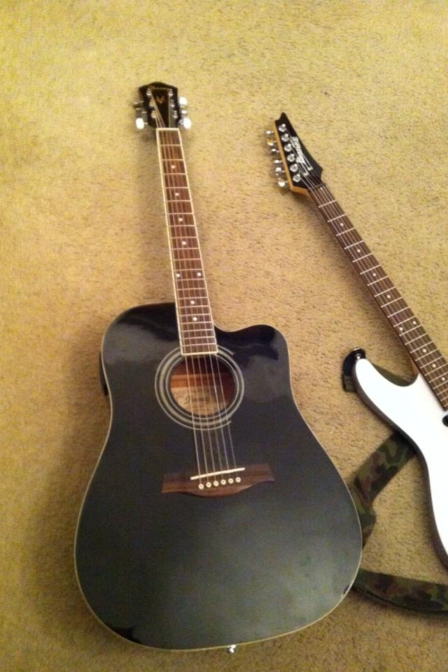Ibanez V acoustic/electric.  Photo