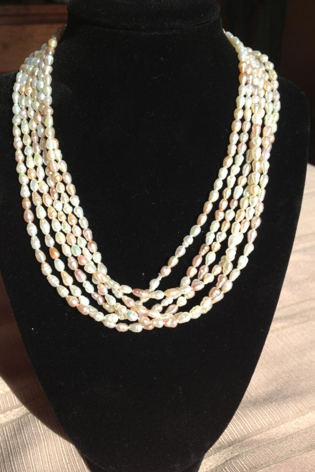Natural pearls - 8 strands appraised for $1350.  Absolutely stunning!  Vintage, in great shape, can wear many ways Photo