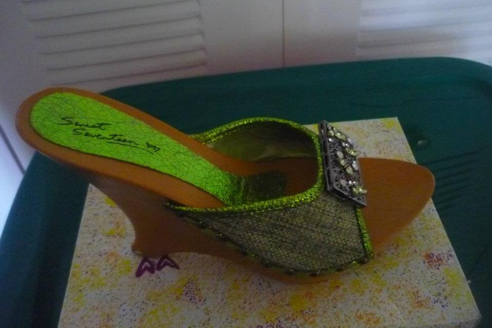 Green Wedge Heels with Rhinestone  Large Photo